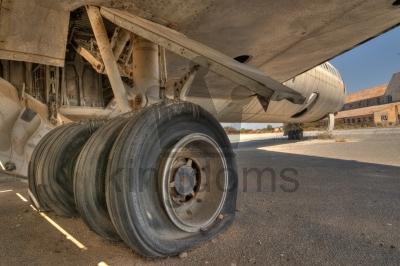 Landing Gear With Flat